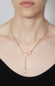Gold necklace with original clasp and a pearl