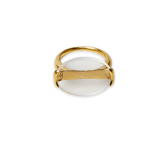 Gold signet ring set with a clear quartz