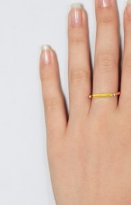 Neon lemon bar ring