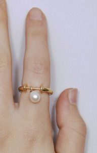 Gold Ring with a fresh water pearl