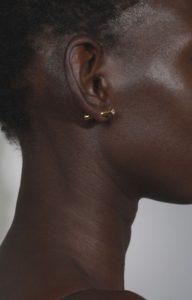Two-sided blue earring